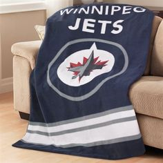 Sunbeam TSF8UP-R419-51A50 NHL Fleece Heated Throw - Winnipeg Jets