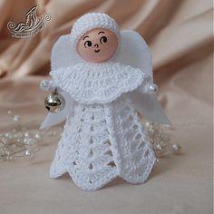 Háčkovaný anjelik z bavlnenej priadze s filcovými krídlami