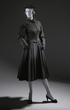 Suit Charles James, 1952 The Los Angeles County Museum of Art