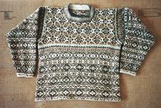 The joy and profound happiness that is found in knitting is only exceeded by one more thing and that. Fair Isle Knitting Patterns, Knitting Machine Patterns, Fair Isle Pattern, Knit Patterns, Knitting Ideas, How To Start Knitting, Hand Knitting, Free Pattern, Men Sweater