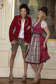 Super powerful supersweet Lederhosen style. With light red jacket.