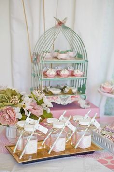Love this cupcake stand! Can't wait to use it!