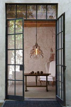 Steel door /Martine Haddouche/
