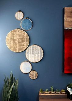 African Mudcloth Gallery Wall Hanging Decor Set, Wood Circle Frames Various Sizes, Modern Boho, Authentic Vintage Textile Art 6 Pieces Plate Wall Decor, Plates On Wall, Sheila E, Eclectic Wall Decor, Wood Circles, African Mud Cloth, Baskets On Wall, Diy Wall Art, Diy Room Decor