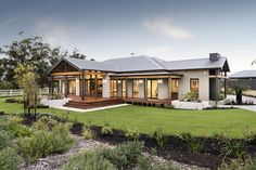 Holiday Home Designs, Builders That Build A Holiday House The. Como 530 Display - Long Island Homes House plans in 2019 Home. Home Designs Luxury Home Builders Perth Oswald Homes New home[. Australian Country Houses, Australian Homes, Country Builders, New Home Builders, Country Home Exteriors, Country Home Plans, Display Homes, New Home Designs, Facade House