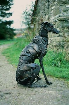 Sally Matthews sculpture. I want this in my garden.