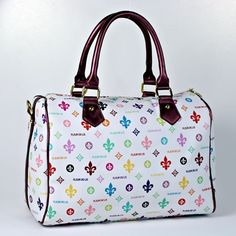 NEW !! BEAUTIFUL FLEUR DE LIS PURSE.  HAS ZIP TOP CLOSURE.  MEASURES APPROX. 13 INCHES WIDE BY 10 INCHES TALL AND 6 INCHES DEEP. REALLY PRETTY!!!!