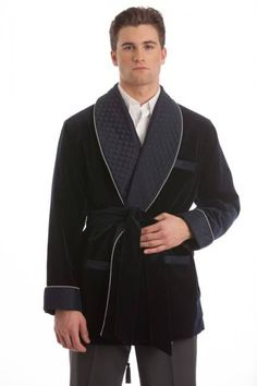 Mens smoking jackets have once again created buzzword in the market. And, why not? Owing to the importance of these jackets while smoking, an increasing number of men prefer buying them. There is wide array of options when it comes to buying smoking jacket.