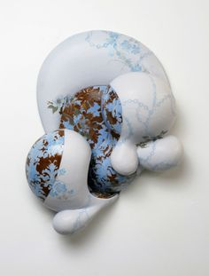 Erin Furimsky, contemporary artist. Artaxis is an evolving independent source of peer-reviewed contemporary artwork in ceramics and sculpture.