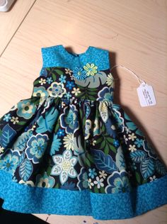 Girls Dresses Sewing, Frocks For Girls, Kids Frocks, Baby Boy Dress, Baby Girl Dresses, Cute Dresses, Little Girl Skirts, Little Girl Dresses, Baby Dress Design