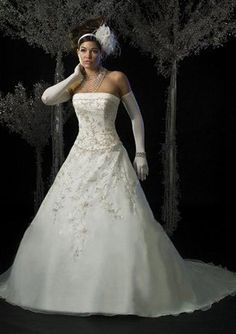 A-Line/Princess Strapless Chapel Train Organza Satin Wedding Dresses with Embroidery Beadwork