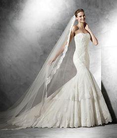 BARQUILLA - Robe de mariée, décolleté en cœur silhouette sirène | Pronovias