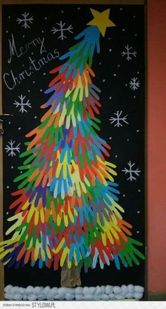 holiday crafts for kids classroom Christmas Classroom Door, Preschool Christmas, Christmas Activities, Christmas Crafts For Kids, Preschool Crafts, Kids Christmas, Holiday Crafts, Christmas Gifts, Christmas Door Decorating Contest