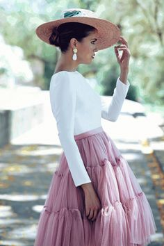 Swans Style is the top online fashion store for women. Shop sexy club dresses, jeans, shoes, bodysuits, skirts and more. Gala Dresses, Short Dresses, Skirt Outfits, Dress Skirt, Mode Chic, Party Fashion, Modest Fashion, Casual Chic, Dress To Impress