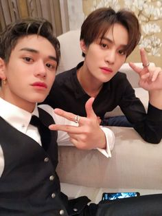Find images and videos about nct, mark and nct 127 on We Heart It - the app to get lost in what you love. Nct 127, Yang Yang, Taeyong, Jaehyun, Yangyang Wayv, Johnny Seo, Lucas Nct, Fandoms, Nct Dream