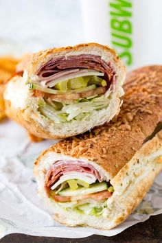 Italian Hero Sandwich from Subway - Sandwich Recipes Hoagie Sandwiches, Salami Sandwich, Roast Beef Sandwich, Sandwich Toaster, Sandwich Bar, Sandwiches For Lunch, Best Sandwich, Soup And Sandwich, Wrap Sandwiches