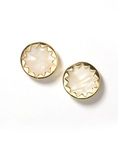 House of Harlow Mother of Pearl Resin Sunburst Button Earring $36