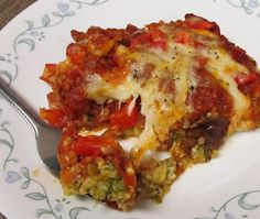 Debbi Does Dinner... Healthy & Low Calorie: Zucchini Pizza Casserole. No beans for me though! MEAT!