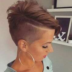Women Shaved Sides Braided Hairstyles In 2020 Short Hairstyles with Shaved Sides 95 Bold Shaved Edgy Short Hair, Super Short Hair, Short Hair Cuts, Short Hair Styles, Shaved Side Hairstyles, Girl Hairstyles, Braided Hairstyles, Hairstyle Men, Formal Hairstyles