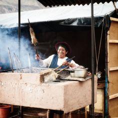 https://flic.kr/p/CmRNC8 | Cusco_Valle Sagrado, cocinando cuy | www.anamartinez-fotograf.com