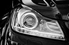 Czy opłaca się montować światła do jazdy dziennej? Porównuję koszt lamp LED i opłacalność ich stosowania w starszych samochodach. http://finansenaplus.pl/swiatla-do-jazdy-dziennej-przepisy-oplacalnosc