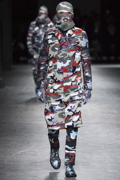 Moncler Gamme Bleu Fall 2016 Menswear Fashion Show