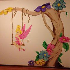 Tinkerbel muurschildering regio Nijmegen gemaakt door joan of arts Kids Room Murals, Murals For Kids, Art Wall Kids, Wall Painting Decor, Baby Painting, Fabric Painting, Girl Decor, Baby Room Decor, Mural Art