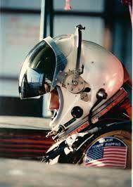 pressure suit worn in SR-71, and TR-1(U2)