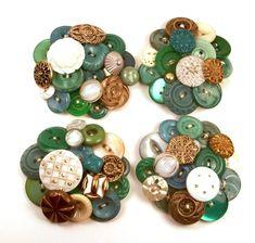 Vintage Button Brooches Wedding by annjepsen