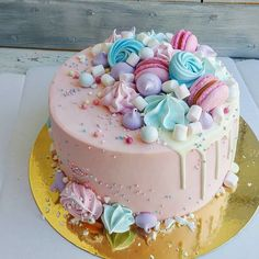 Beautiful Birthday Cakes, Cool Birthday Cakes, Birthday Cupcakes, Cute Cakes, Pretty Cakes, Yummy Cakes, Easy Cake Decorating, Cake Decorating Techniques, Cotton Candy Cakes