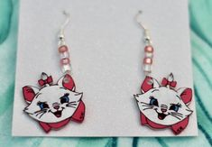 One of a kind Hand Painted Earrings Inspired by Disney's Aristocats They'll look Purrfect on you! Mimi Boutique, Etsy Earrings, Drop Earrings, Marie Aristocats, Shrinky Dinks, Diy Jewelry, Jewlery, Cat Drawing, Dangles