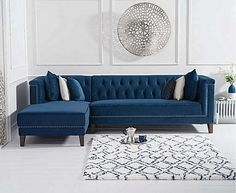 So luxurious #sofa #couch #luxury #chaise #livingroom #blue #velvet #livingroomideas