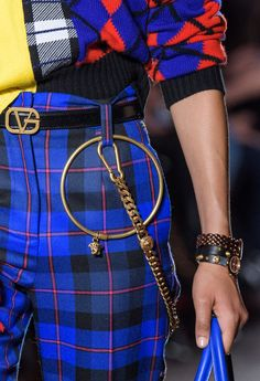 Versace Fall 2018 Fashion Show Details - The Impression