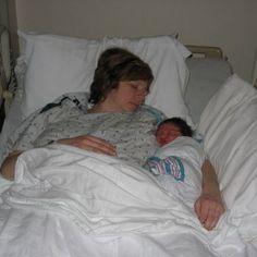 """""""Me han recomendado dormir con mi bebe para que sea más fácil la lactancia nocturna. ¿Es seguro?"""" #colecho"""
