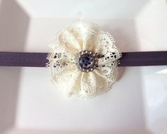 Ivory Baby Headband, Lace Trim, Baby girl headbands, Newborn Headband, Vintage flower headband, baby bows.