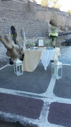 Wedding wish table. Wedding by the beach. Santorini Wedding, Table Wedding, Wedding Wishes, Wedding Decorations, Weddings, Beach, Cards, Mariage, Wedding Congratulations
