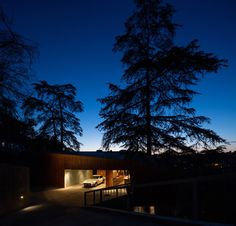 The site is characterized by its remote feeling and mature trees; this despite being surrounded by dense urban development.  It is an unusual paradox to have...