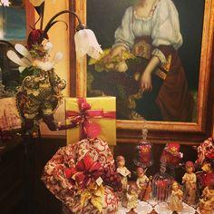 #lorelintheworld #panettone #bonifanti #mucci #buonnatale #merrychristmas #angels #elf