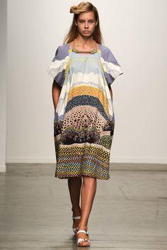 A Détacher Spring 2015 Ready-to-Wear Fashion Show - Ulla Reiss (SILENT)