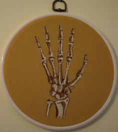 A Can of Crafty Curiosities: Embroidered me some bones... yes I did.