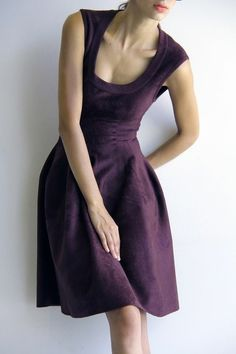 Love the neckline. Sweet, warm, and sexy -- that rich color is perfect. <3