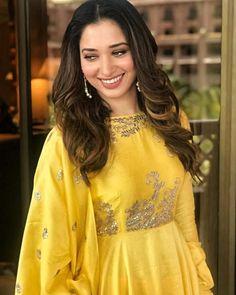 Arabian Makeup, Tammana Bhatia, South Actress, Indian Celebrities, Indian Actresses, Womens Fashion, Fashion Trends, Bollywood, Sari