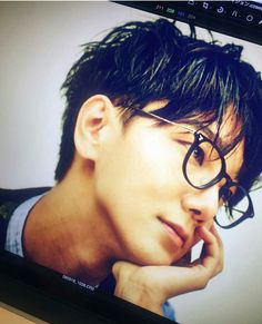 Yes this is Yesung and he does look good with glasses. 예성