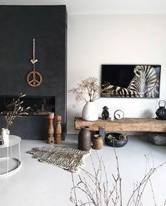 La imagen puede contener: mesa e interior Living Room Tv, Home And Living, Living Spaces, Interior Inspiration, Living Room Designs, House Design, Interior Design, House Styles, Instagram Repost