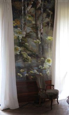 Claire Basler Flower Paintings | Art | Flower Mural | Floral Art | Interior Decor | Interior Design | Please your curiosity, discover more www.entouragepost.com