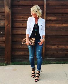 Simple Spring Outfits Style With Jeans 05 Spring Fashion Outfits, Fall Outfits, Summer Outfits, Casual Outfits, Cute Outfits, White Jacket Outfit, Jean Jacket Outfits, Outfit With Jean Jacket, Mode Ab 50