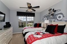 Mickey Room Ideas - Design Dazzle The Effective Pictures We Offer You About Disney Home Decor bedroo Disney Themed Bedrooms, Bedroom Themes, Kids Bedroom, Bedroom Decor, Bedroom Ideas, Themed Rooms, Bedroom Designs, Decor Room, Disney Kids Rooms
