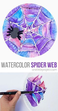 How to Make a Beautiful Watercolor Spider Web These watercolor spider webs are SO FUN and they turn out great every time! This is such a beautiful watercolor art project that is perfect for Halloween! Such a great Halloween craft for kids of all ages! Halloween Art Projects, Theme Halloween, Halloween Arts And Crafts, Halloween Crafts For Kids, Halloween Activities, Diy Projects, Homemade Halloween, Holiday Crafts, Halloween Decorations