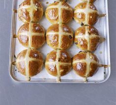 Hot Cross Buns - recipe by Paul Hollywood on BBC Good Food. Cross Buns Recipe, Bun Recipe, Bagel Recipe, Paul Hollywood Hot Cross Buns, Bbc Good Food Recipes, Cooking Recipes, Bread Recipes, Paleo Recipes, Muffins