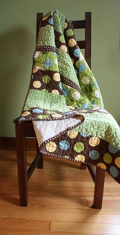 My baby boy needs a quilt like this! Melissa I'm talkin to you! ;-)